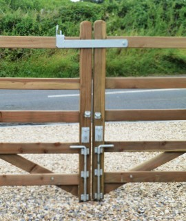 Timber Fixtures & Fittings | Timber fencing fittings